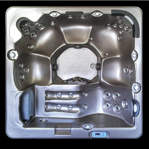 7500L hot tub