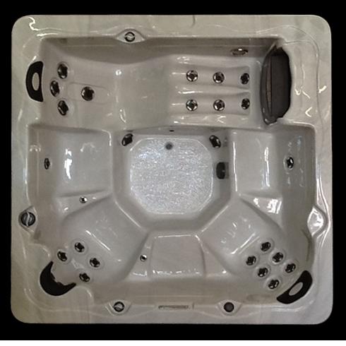 7500L30 hot tub